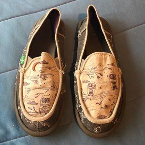 Sanuk sandal women's size 8